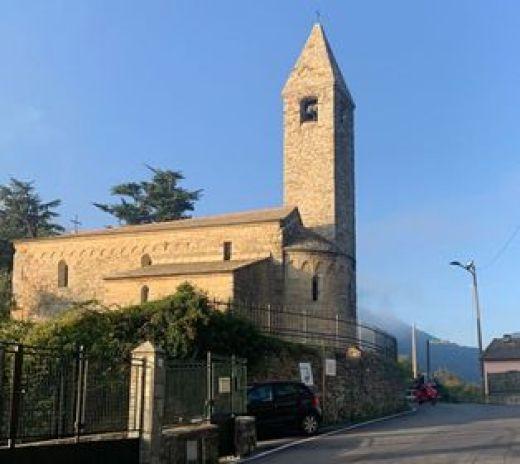 Chiesa Millenaria a Ruta di Camogli