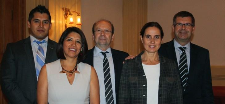 De izquierda a derecha: Israel Mora, Teresa Espinoza, Javier Piqué, Sofía Roura y Javier Elizalde