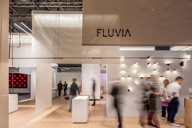 Fluvia-LB16-Stand