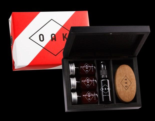 OAK Beard Box - Beard Hold 50ml, Beard Wash 30ml, Beard Brush a Beard Oil 30ml cena 2.499 Kč