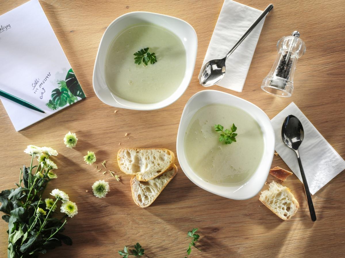 Asparagus Cream Soup SMALL (002)
