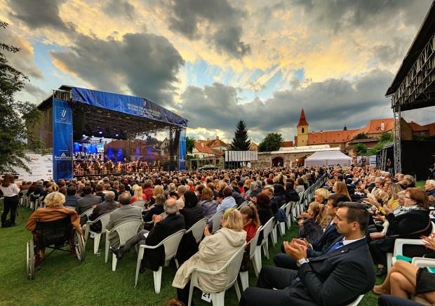 Mezinarodni hudebni festival Cesky Krumlov 2016, Juan Diego Flórez /tenor/, SOČR