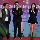 Il Volo Interview in English being translated into Chinese