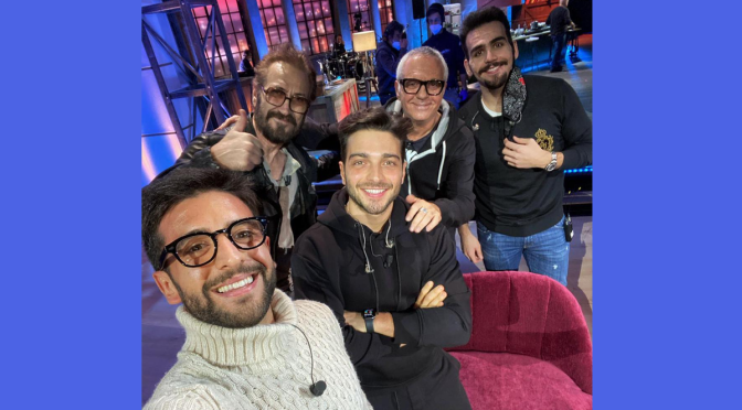 Header photo with background - Left to right: Piero, Giannini, Gianluca, Panariello and Ignazio in the TV studio