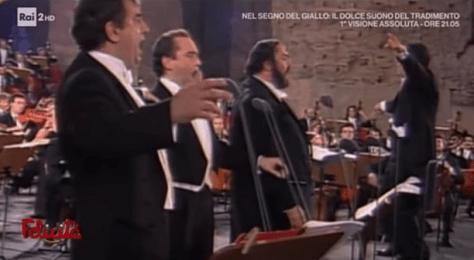 Plácido Domingo, Jose Carreras and Luciano Pavoratti -The Three Tenors singing