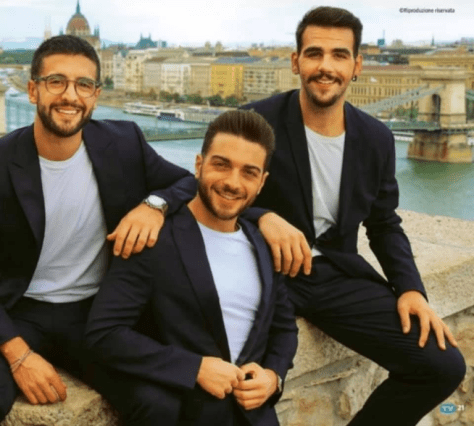 Left to right: Piero (sitting on wall), Gianluca (standing) and Ignazio (sitting on wall) in Budapest