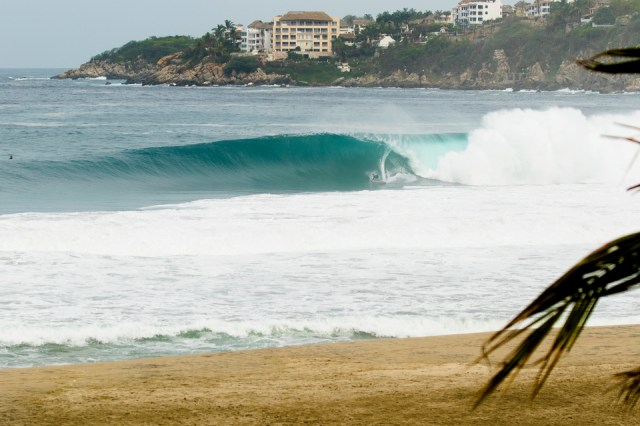 Nic Lamb on a legit XL Puerto Escondido bomb.