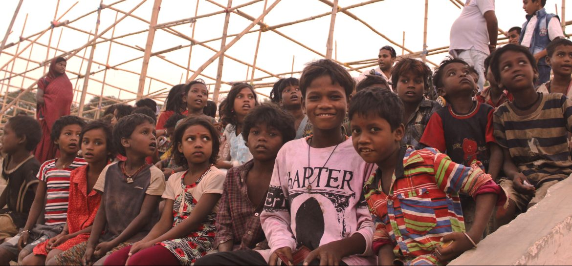 Chhoti si Khushiya: Celebrating Diwali with the joy of giving to the needy children