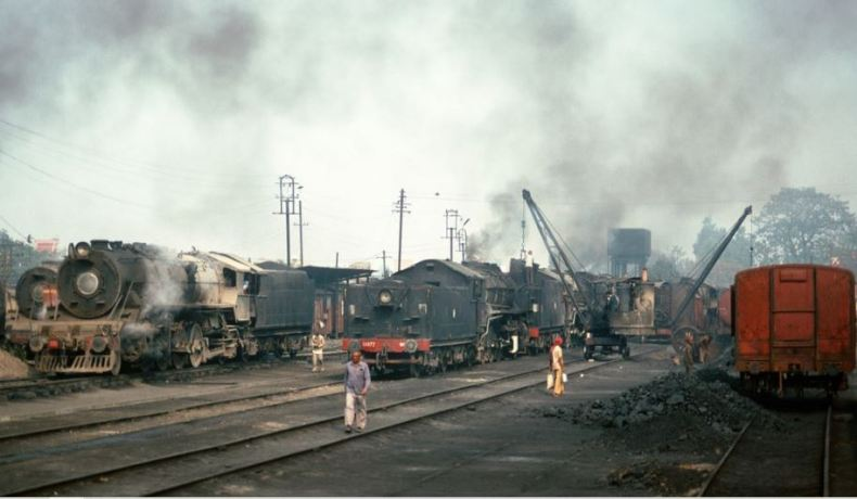 Unloading of coal from the wagons using crane at Jamalpur workshop yard (1992) Picture by Duncan McEvoy