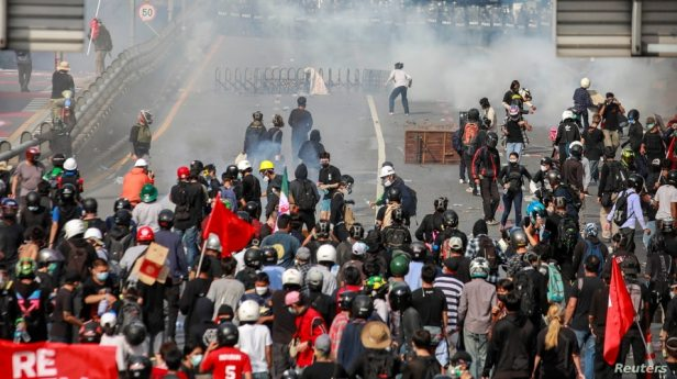 Demonstrators clash with police at a protest against what they call the government's failure in handling the coronavirus disease (COVID-19) outbreak, in Bangkok, Thailand, Aug. 7, 2021.