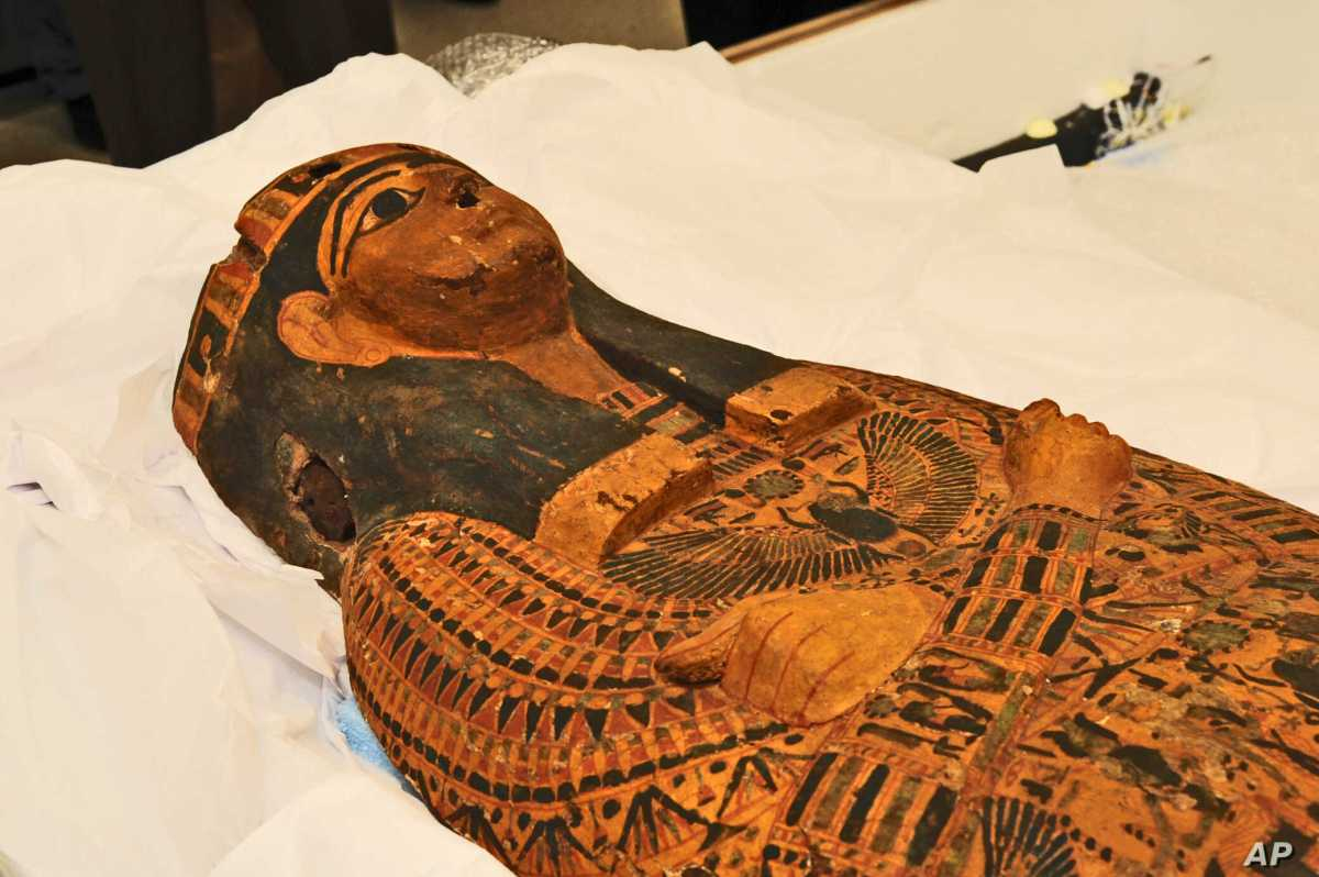 US Returns Ancient Sarcophagus to Egypt | Voice of America - English