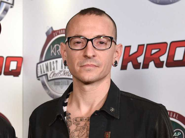 Linkin Park Frontman Chester Bennington Found Dead at 41 | Voice of America  - English