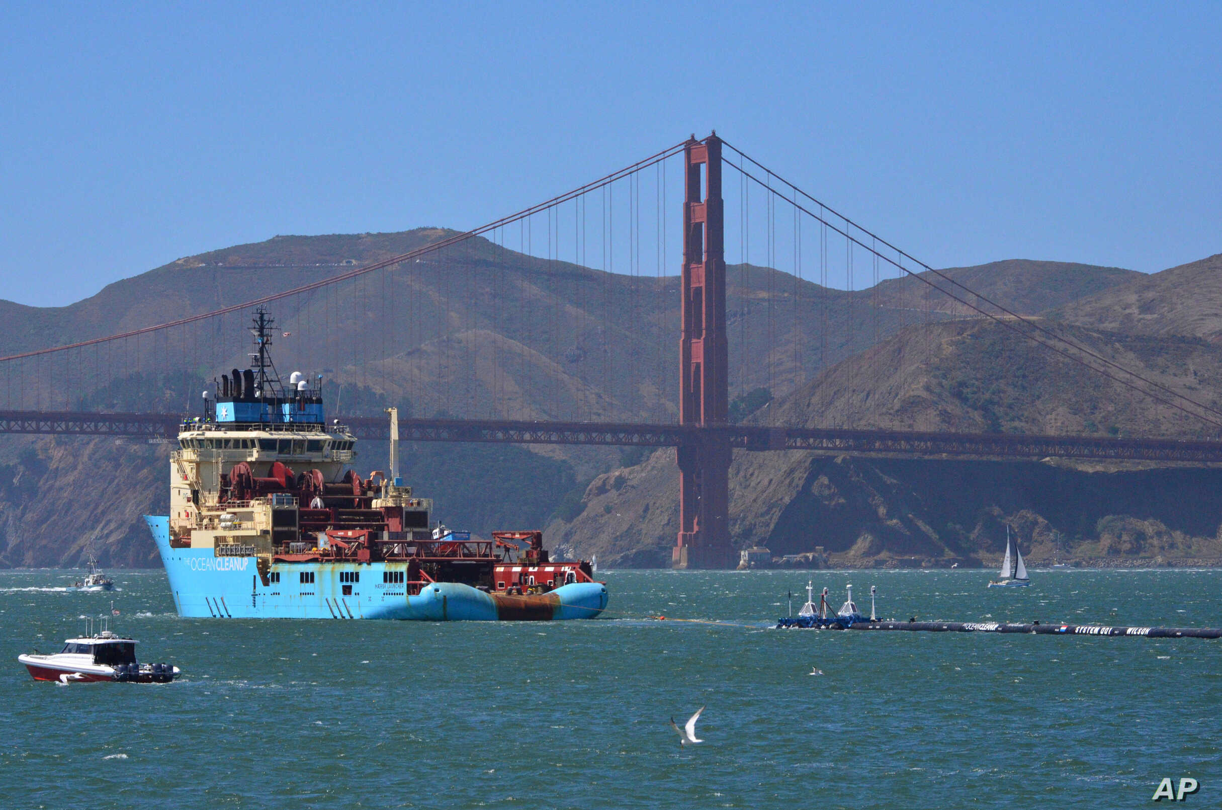 The pound+ program is a new way for members of the clean ocean movement to directly fund our overall cleanup operations and more. Ocean Cleanup Boom Begins Sweeping Pacific For Trash Voice Of America English