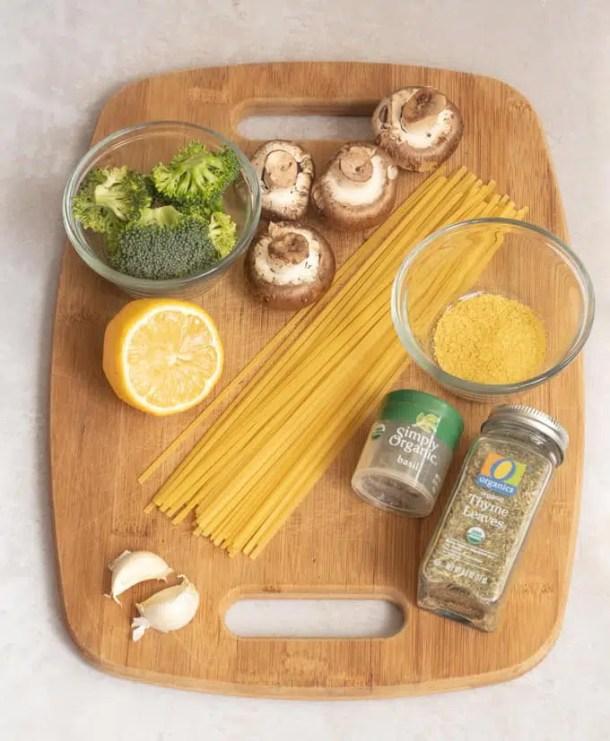 easy mushroom pasta with herbs & garlic