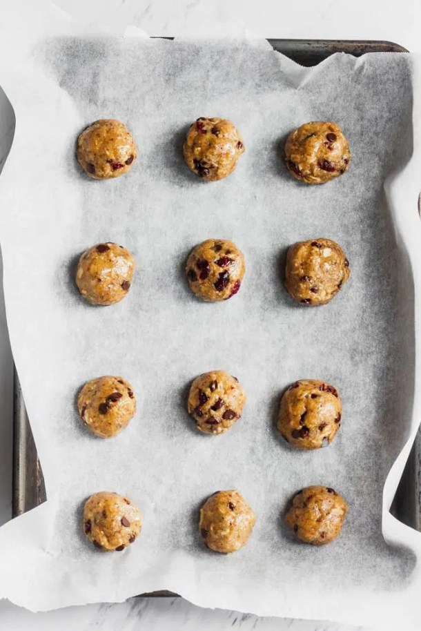 oatmeal cranberry chocolate cookie dough on tray