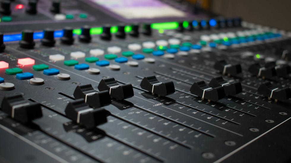 Как бесплатно поставить свою мелодию звонка на iPhone