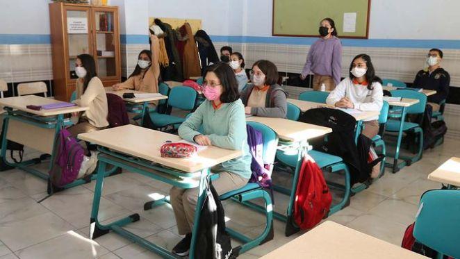 Okullar ne zaman açılacak? Ziya Selçuk açıkladı: Yaz tatili ne zaman bitecek? 14