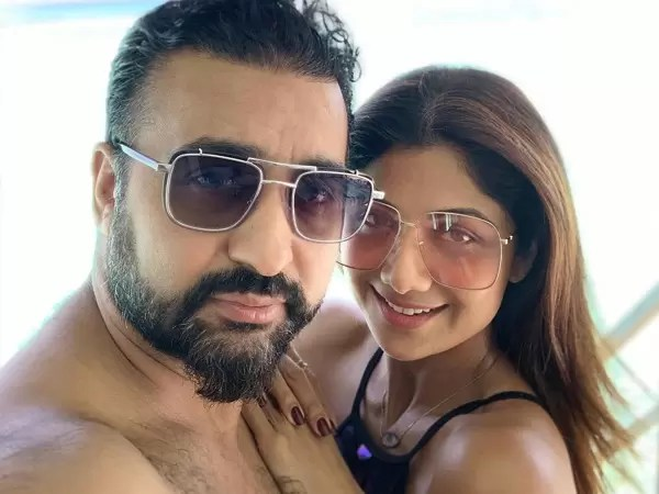 Shilpa Shetty Is Celebrating Her Ninth Anniversary With Raj Kundra In The Maldives And We Are Shook