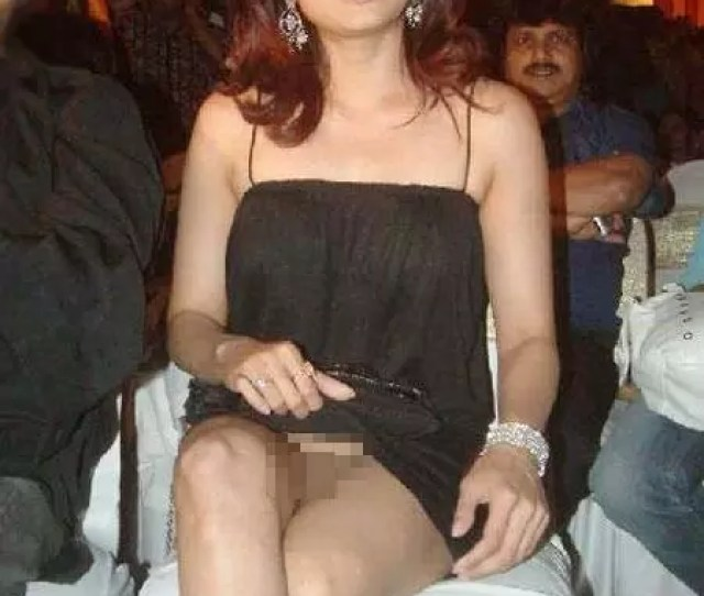 Shamita Shetty The Jobless Actress Decided To Give Her Panties A Miss While Attending An Awards Function