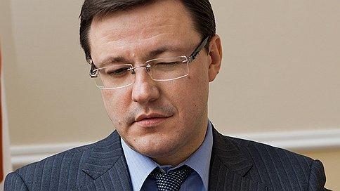 Проблемы Кияченкова окажутся на руку Азарову?