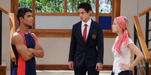 Pedro garante a Miguel que Alice não lhe interessa mais