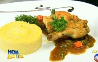 Edu Guedes prepara prato típico mineiro! Clique e aprenda!