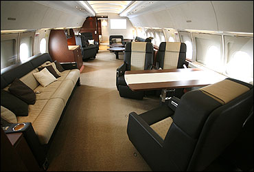 Inside The Amazing Airbus A380 Dont Miss It Rediff