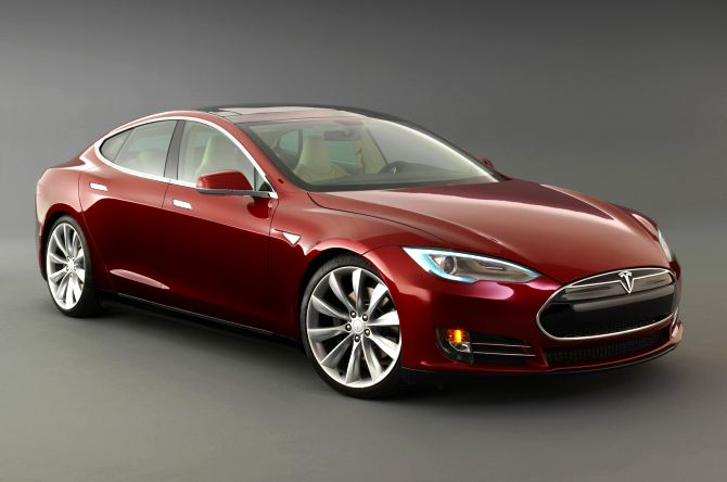 10 most hi-tech cars in the world