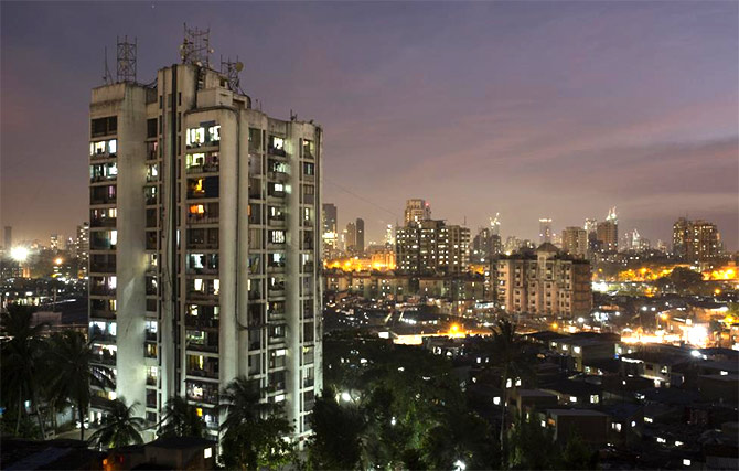 Mumbai Here Residential Rents Range From 5 To 2 000