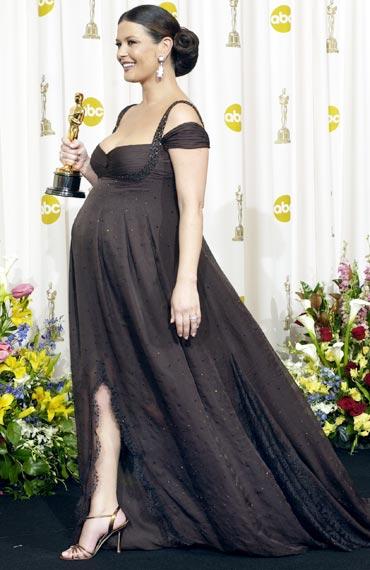 Catherine Zeta Jones Pregnant Chicago