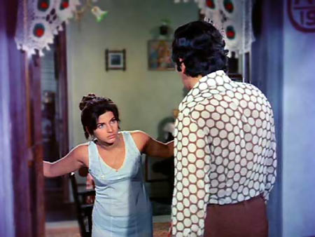 Dimple Kapadia and Rishi Kapoor in Bobby