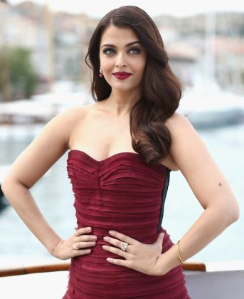 Taking Fashion Lessons from Aishwarya Rai Bachchan   Rediff com Movies