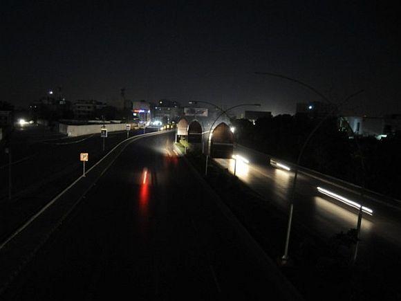 Pakistán Se hunde en la oscuridad