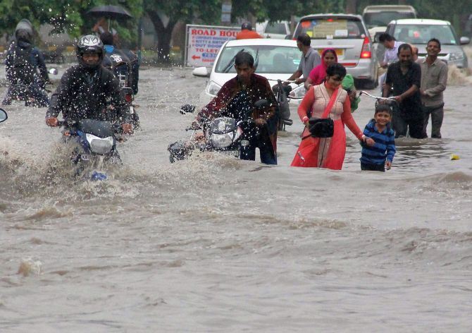 Image result for DELHI RAINS, PIX