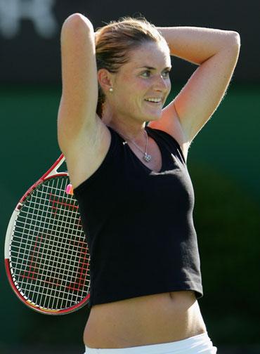 Photos: Sexy, stylish but short on success - Rediff Sports