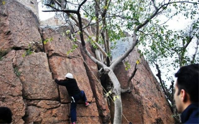 Looking To Do Something Fun? Go Rock Climbing In Lado Sarai At This Club! |  WhatsHot Delhi NCR