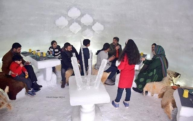 First Igloo Cafe In India Opens In Kashmir