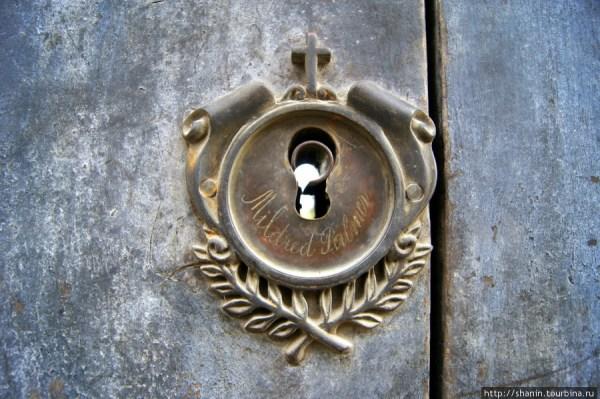 Старые, но очень надежные двери - Shanin.Ru Путешествия ...
