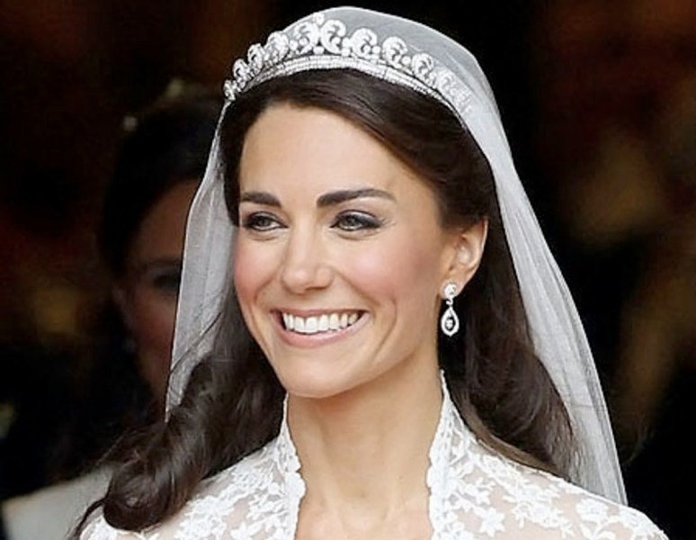 F is for Fairytale  Kate Middleton Did it  but Would You Do Your Own     Kate Middleton bridal makeup