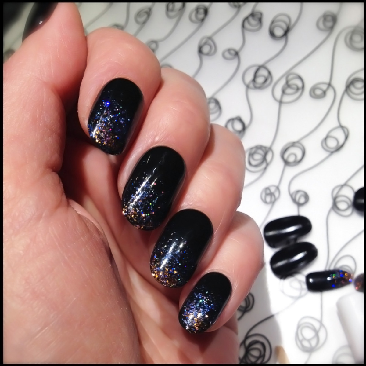 Kiss Gel Fantasy Ready To Wear Nails Painted Veil Swatch