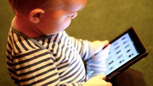 Imagen 3. Infancia y nuevas tecnologías.