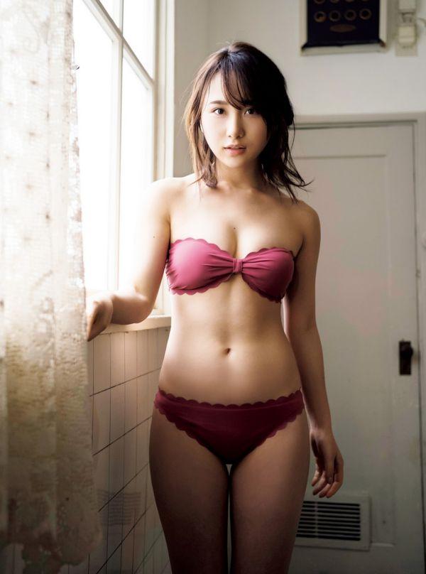 高橋朱里 エロ画像044