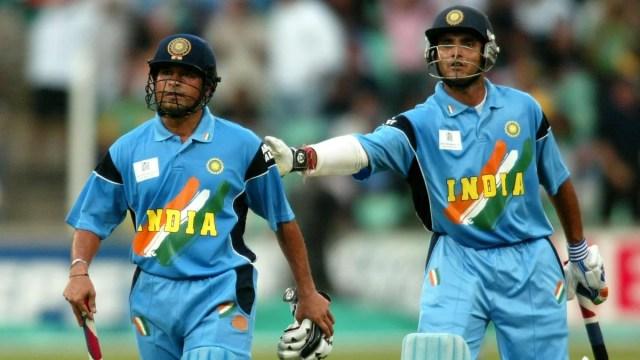 """Sachin Tendulkar Cried in the Dressing Room"""" - Reveals Sourav ..."""
