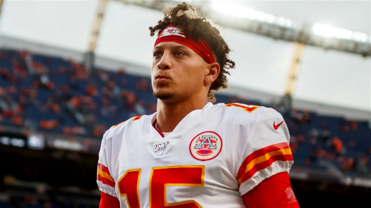 """Photo of """"You Will See The Type Of Person He Is""""-Patrick Mahomes Reacts To Drew Brees Controversial Remarks – EssentiallySports"""