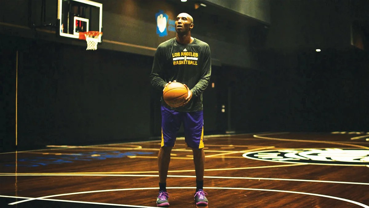Photo of What Did Kobe Bryant Do After Signing a $130 Million Deal? Former Teammate Reveals an Interesting Story – EssentiallySports