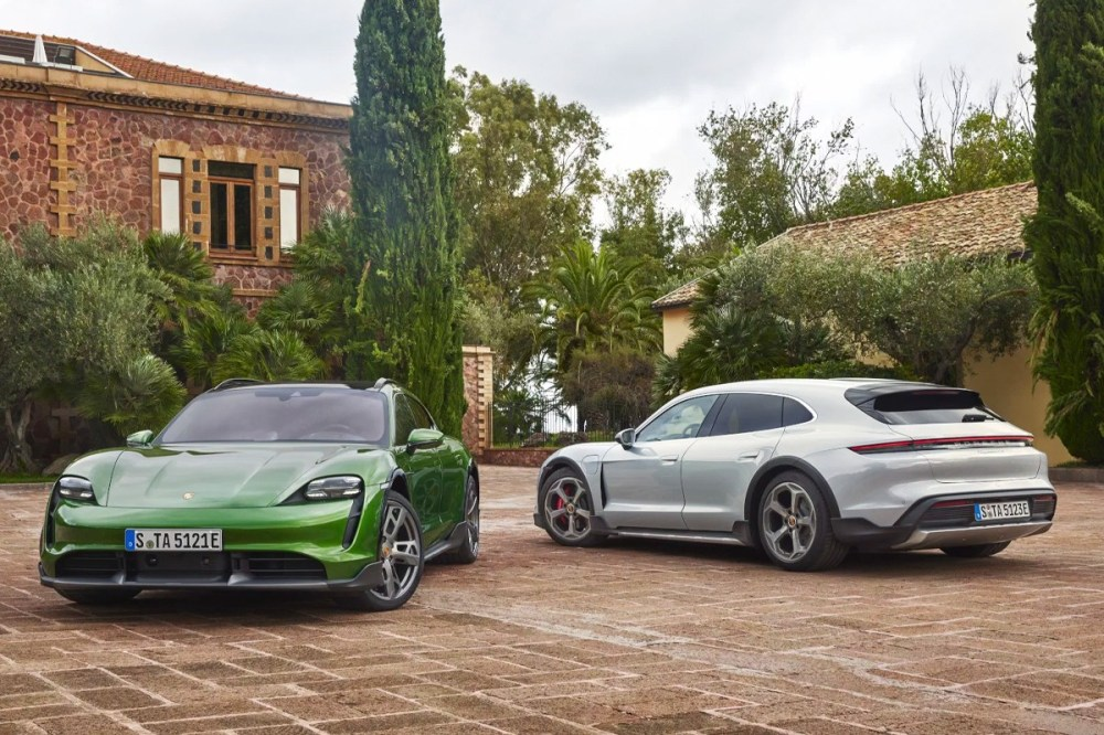 Porsche Taycan Cross Turismo EV Summer 2021 Release $91000 USD Electric Vehicles Electric Cars Taycan Sedan  Taycan 4 Cross Turismo, Taycan 4S Cross Turismo, Taycan Turbo Cross Turismo and Taycan Turbo S Cross Turismo