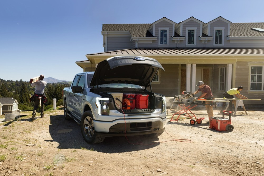 Ford F-150 All Electric Vehicle Car American Truck Release Information First Look Future Power Speed Performance Towing EV