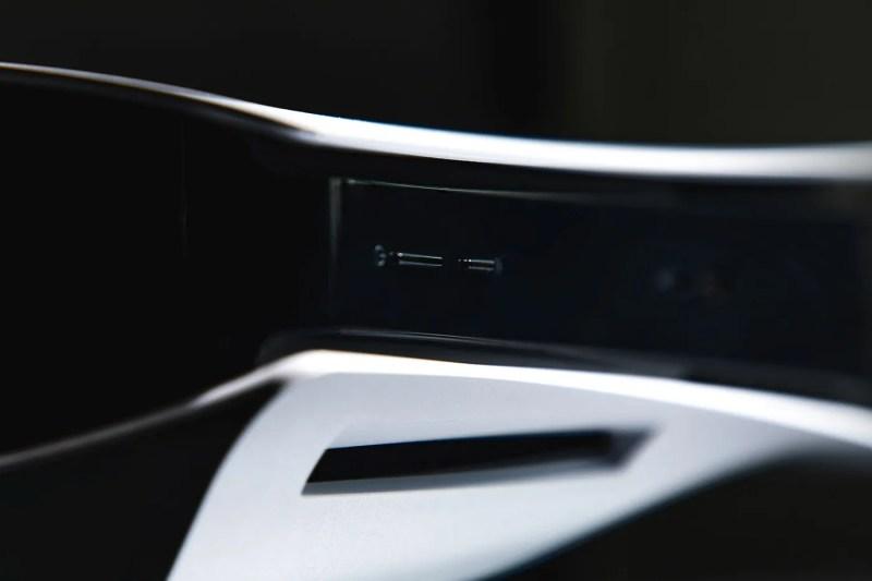 HYPEBEAST 獨家近賞 Sony 最新世代主機 PlayStation 5 | HYPEBEAST