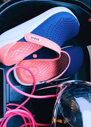 Crocs literide navy/melon unisex clog крокс лайтрайд нави ...
