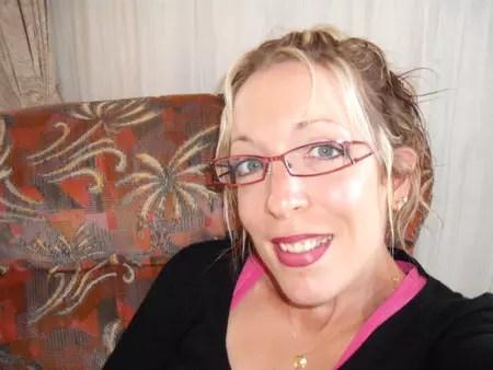Alexandra POUPARD CHOLOUX 37 Ans MONTILLIERS VIHIERS